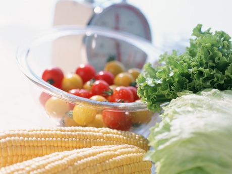 昭和47年から給食業務を続け,多角的な「食」のプロデュースに注力しています。「積極採用中」